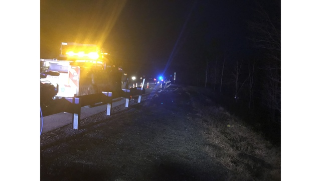 Tractor-trailer goes over embankment along Turnpike in Bedford County