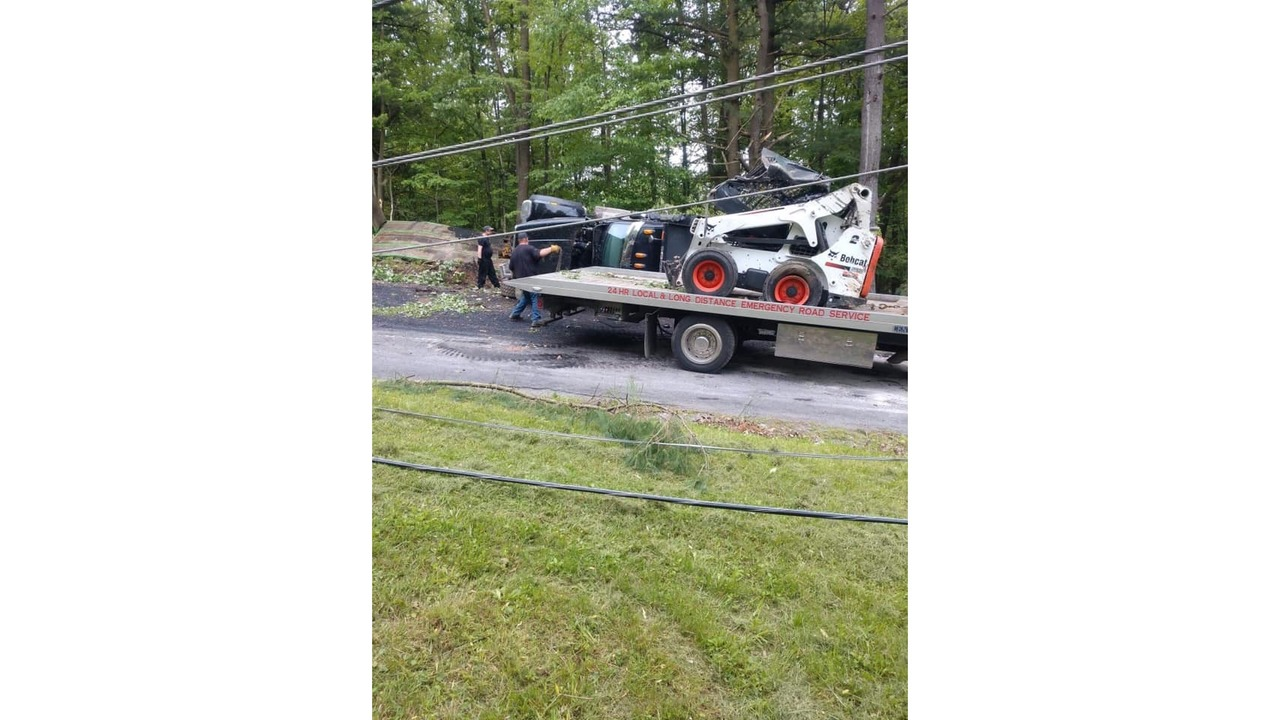 UPDATE: One dead after commercial truck crash